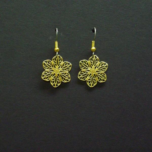 Small Filigree Star Earrings