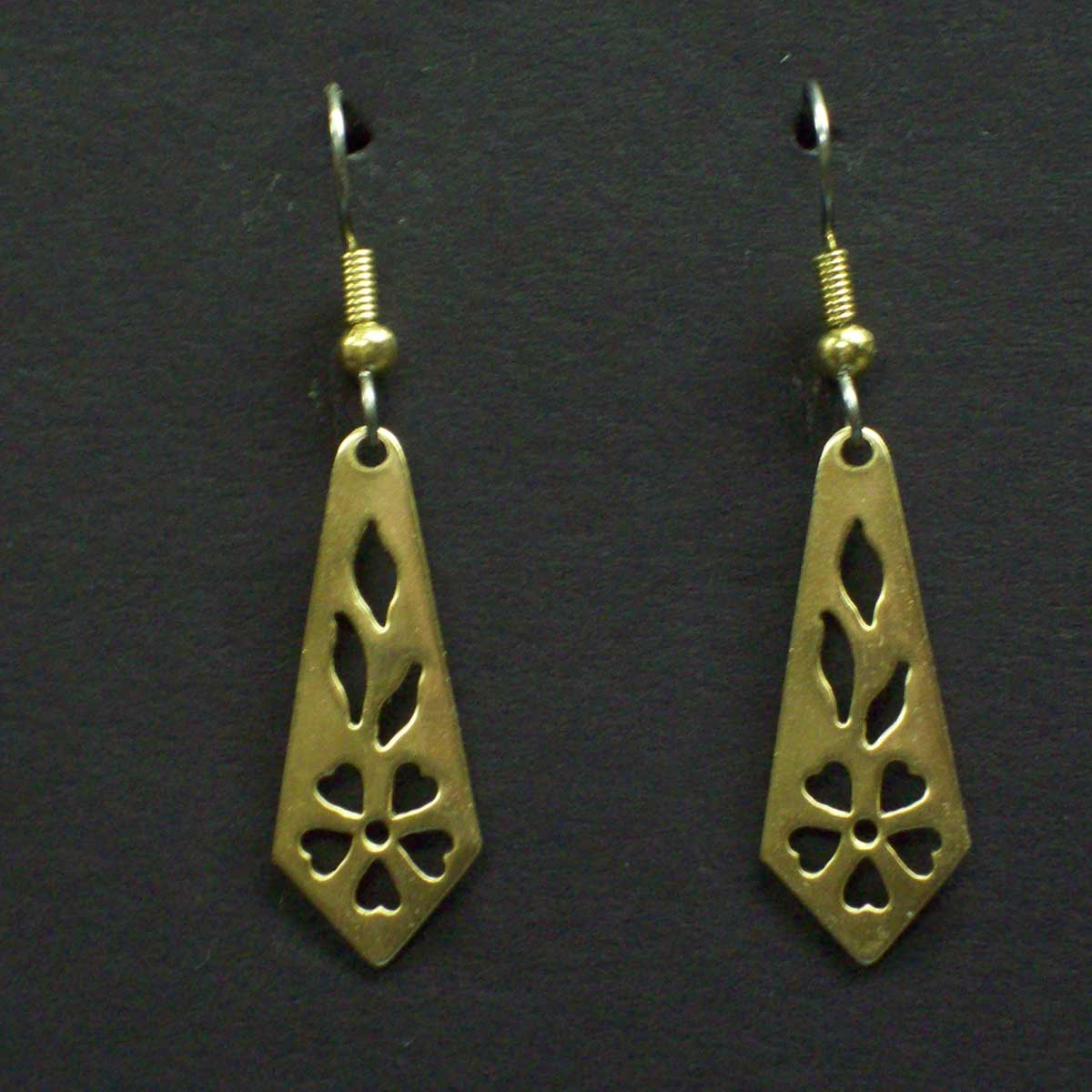 Small Cut Out Pattern Earrings